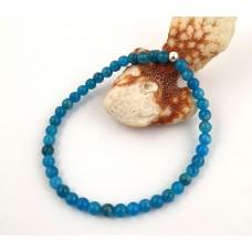 Bracelet made of blue apatite