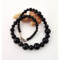 "Necklace ""Black Swan""1"