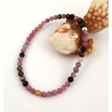 Bracelet made of a faceted tourmaline
